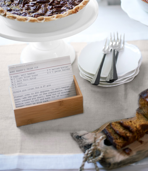 Anatomy-of-an-inviting-table-creative-recipe-card-holder-1111-lgn